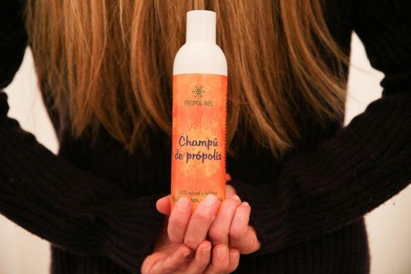 Beneficios de usar un champú sin sulfatos