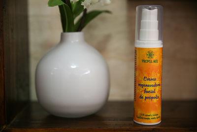 crema regeneradora de própolis