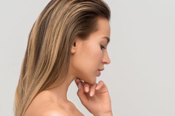 Por qué debes hidratar la cara con crema natural
