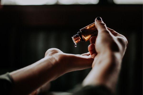 El árbol de té: Usos y propiedades de su aceite esencial