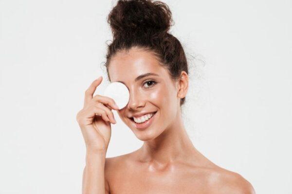 Cómo desmaquillarte correctamente para tener la piel perfecta
