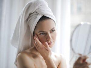 Eliminar manchas en la piel de forma natural