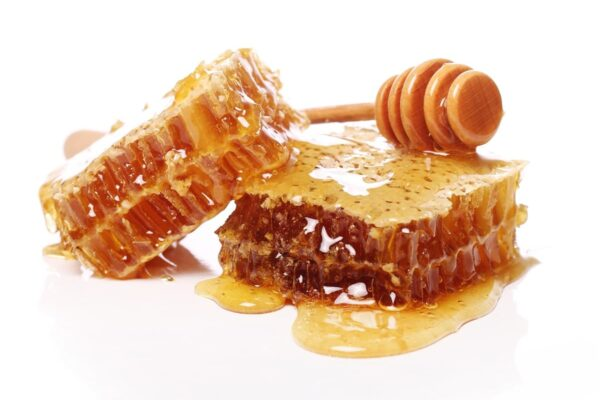 Panal de abeja, miel en estado puro. Recetas e ideas para consumirlo.